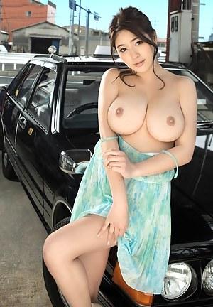 Perky Boobs Porn Pictures