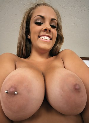Big Boobs Nipple Piercing Porn Pictures